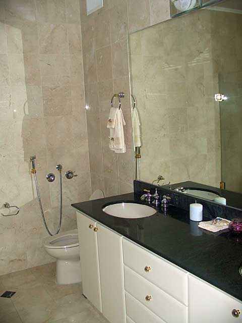 bathroom photo example simple bathroom with sand stone colored tiles