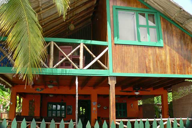 Beach house on isla grande on the caribbean side of panama for How much to build a beach house