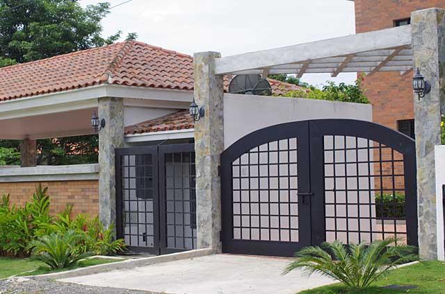 Modern house gate modern house for Small house gate design